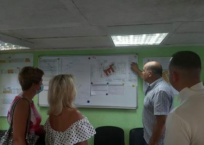 Общественники провели контроль строительства школы.